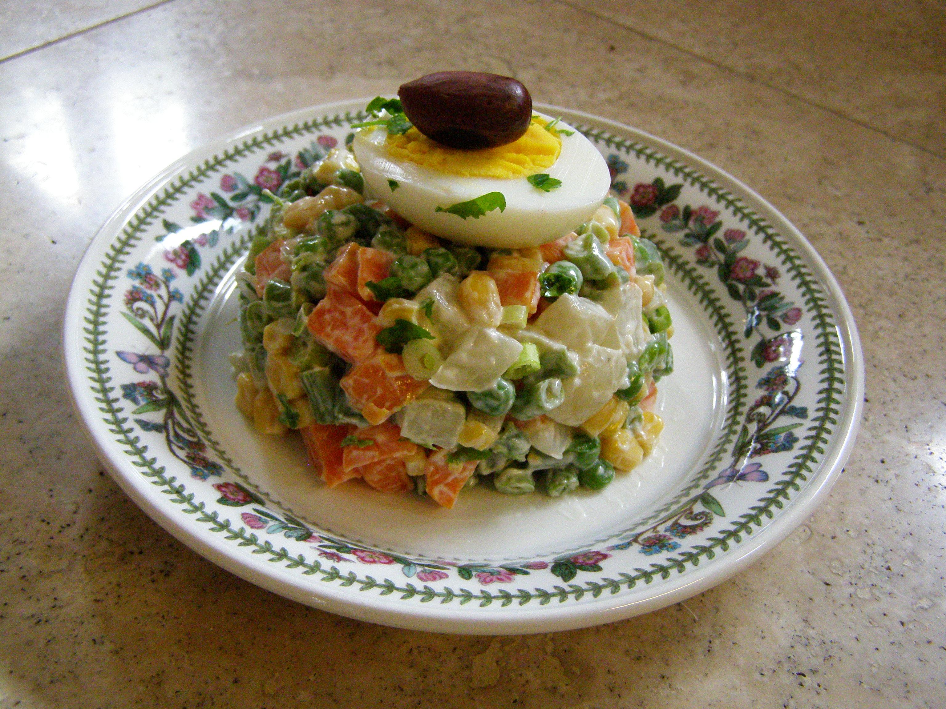 mac doine de l gumes or russian salad the cooking frog 39 s blog. Black Bedroom Furniture Sets. Home Design Ideas